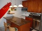 10-166-kitchen